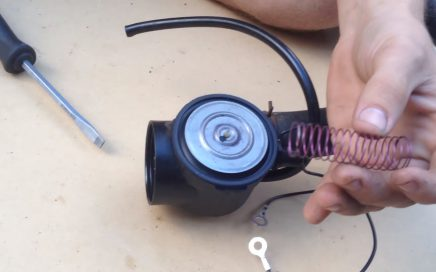 how to clean a carburetor on a push mower